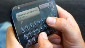 Tactus predstavil prilagodljivo fizično tipkovnico za zaslone na dotik